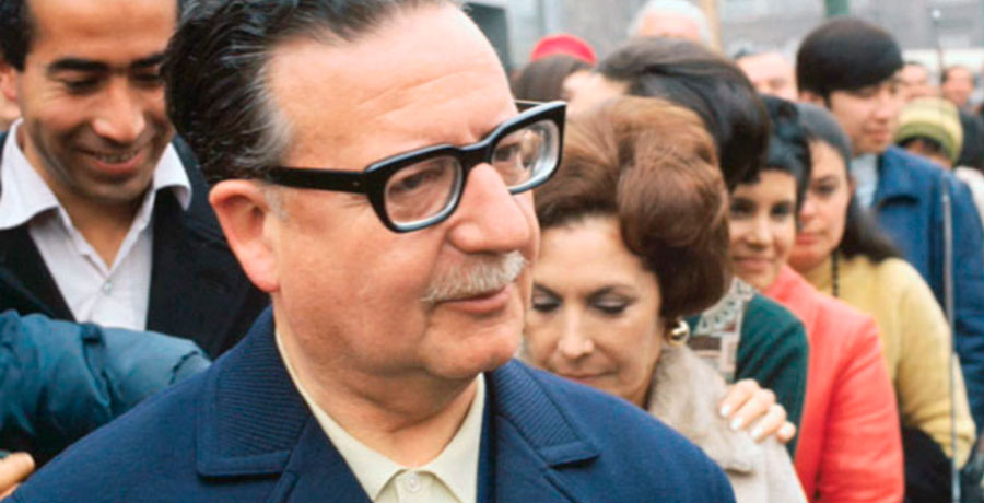 Salvador Allende en foto a color